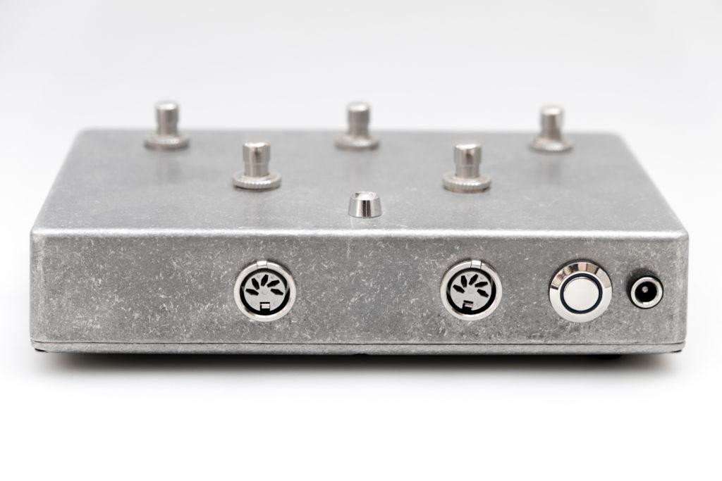 Octatrack MIDI controller rear view